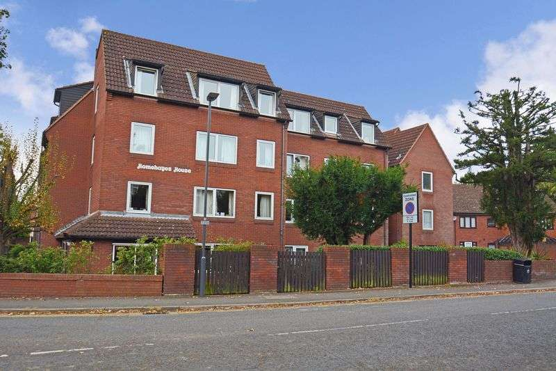1 Bedroom Property for sale in Homehayes House, Hatch End, HA5 4EJ