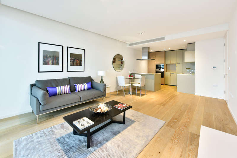 2 Bedrooms Flat for rent in The Arthouse, York Ways, N1C 4AS