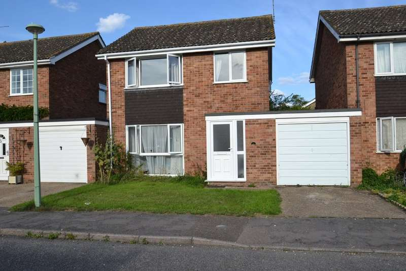3 Bedrooms Semi Detached House for sale in Hickling Drive, Bury St Edmunds