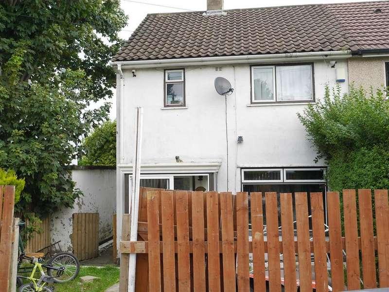 2 Bedrooms Semi Detached House for sale in Sandholme Drive, Thorpe Edge,Bradford, BD10 8EY