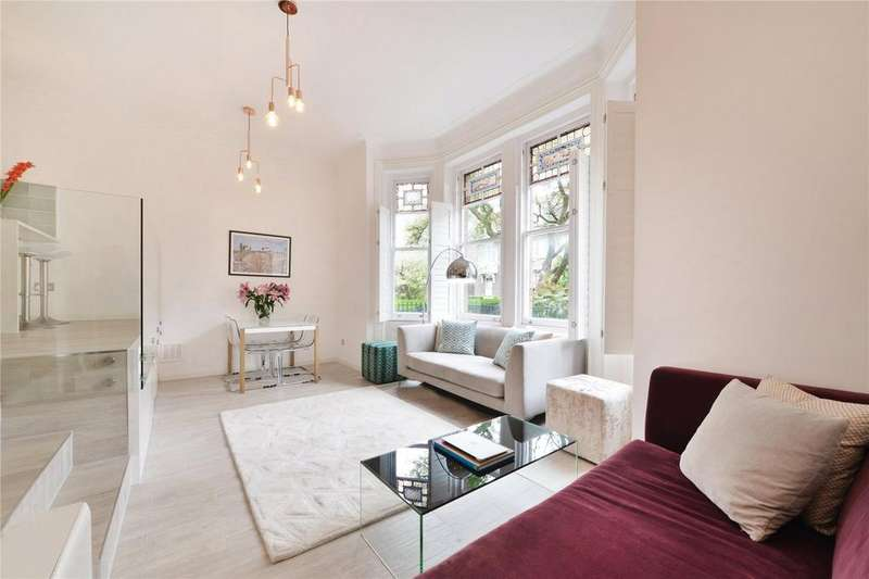 2 Bedrooms Flat for sale in Daleham Gardens, Hampstead, London