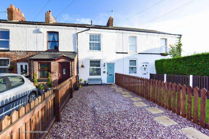2 Bedrooms Terraced House for sale in Hopefield Road, Lymm