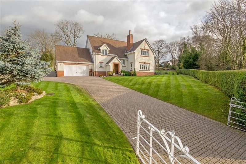 5 Bedrooms Detached House for sale in Cilcain Road, Pantymwyn, Mold