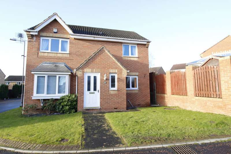 3 Bedrooms Detached House for sale in Hemingway Close, Castleford, WF10