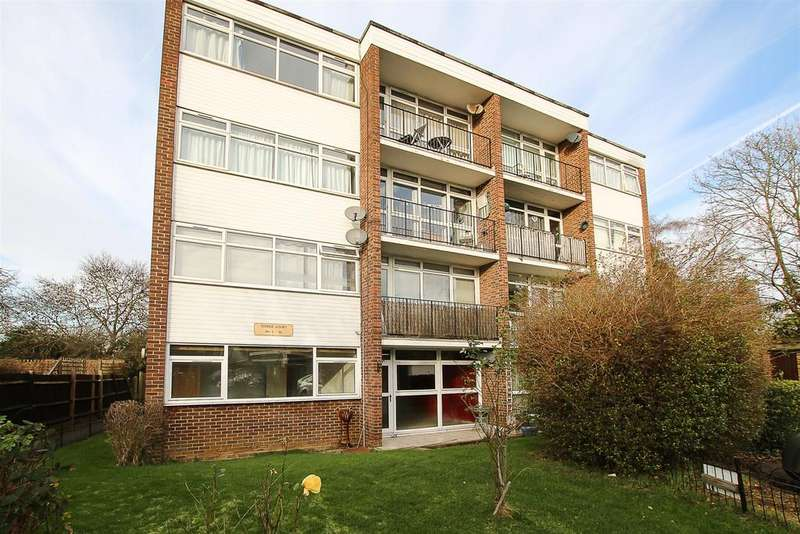 2 Bedrooms Apartment Flat for sale in Tower Hill, Brentwood