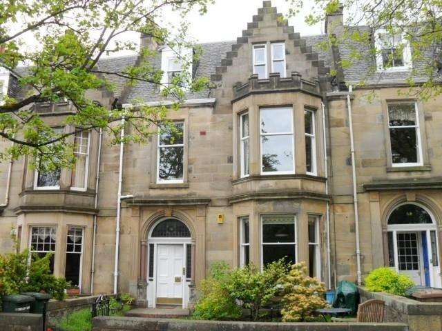 4 Bedrooms Flat for rent in Murrayfield Avenue, Murrayfield, Edinburgh, EH12 6AY