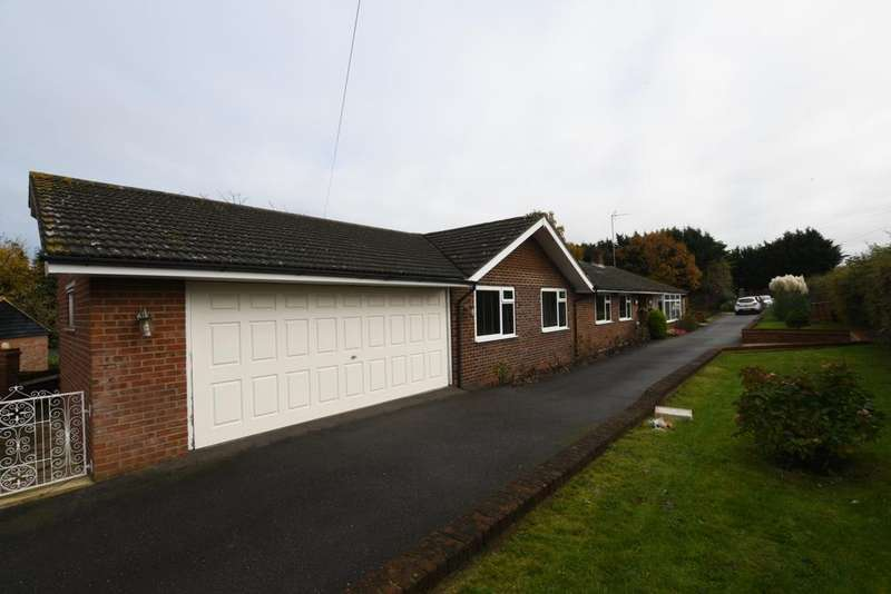 5 Bedrooms Bungalow for sale in Raven Brook, Broadley Common, EN9