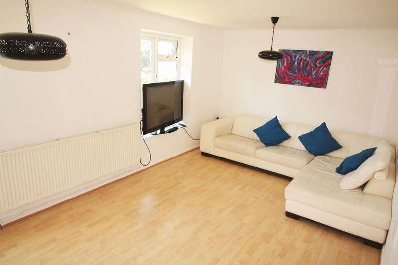 2 Bedrooms Flat for sale in Cromwell House, Sydney Road, Muswell Hill, N10