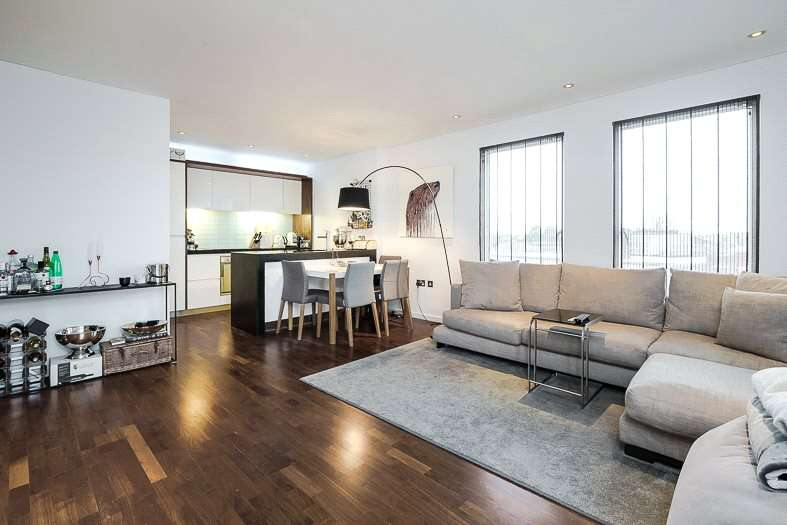 2 Bedrooms Flat for sale in Blueprint Apartments, 16 Balham Grove, London, SW12