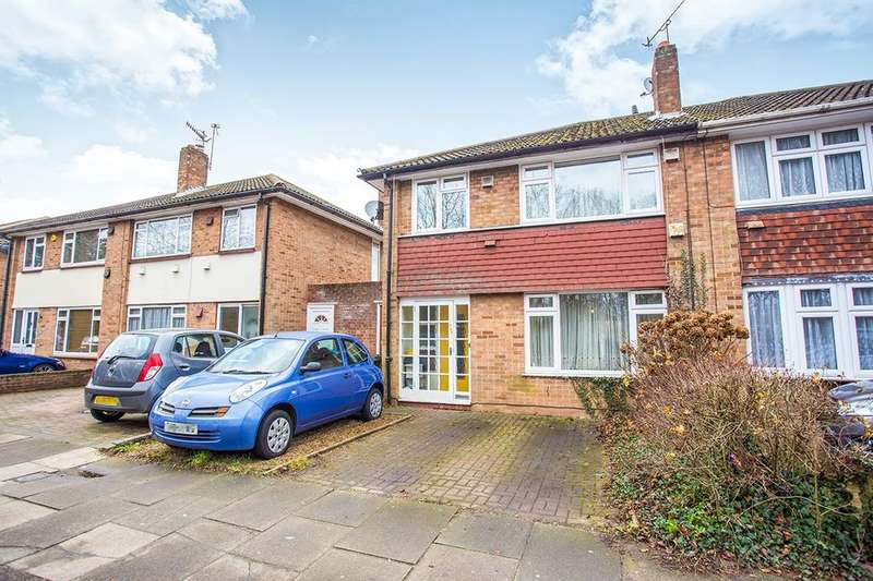 3 Bedrooms Semi Detached House for sale in North Western Avenue, WATFORD, WD24