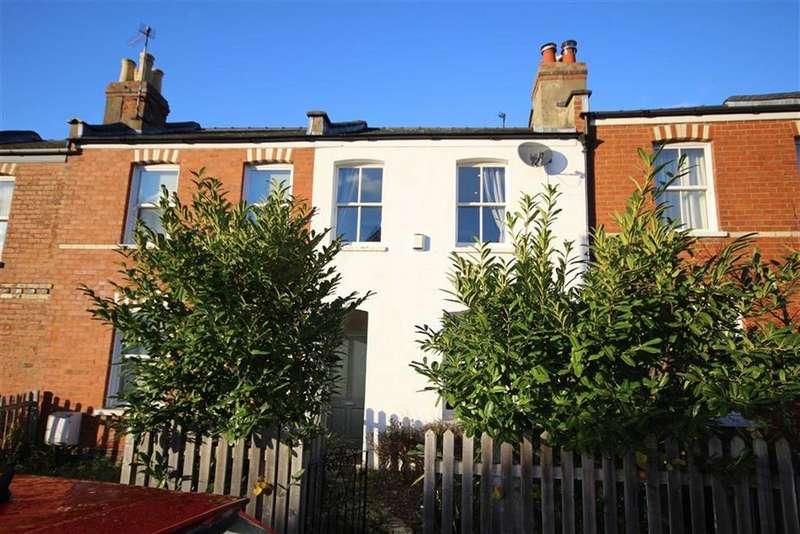 2 Bedrooms Terraced House for sale in Naunton Lane, Leckhampton, Cheltenham, GL53