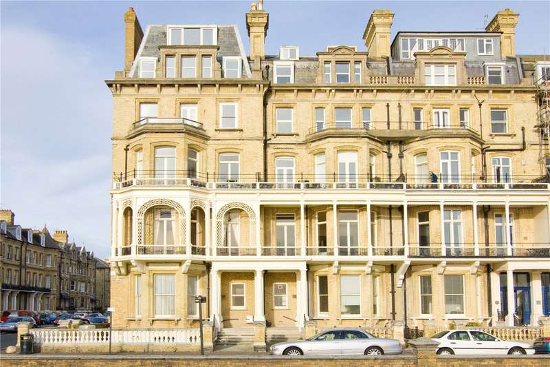 2 Bedrooms Flat for sale in Kings Gardens, Hove, BN3