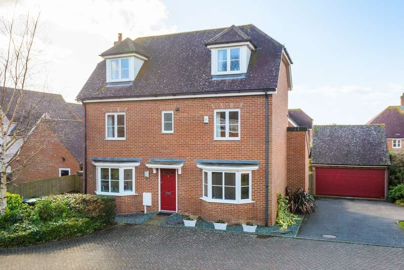 5 Bedrooms Detached House for sale in Tatchell Drive, Charing, Ashford, TN27