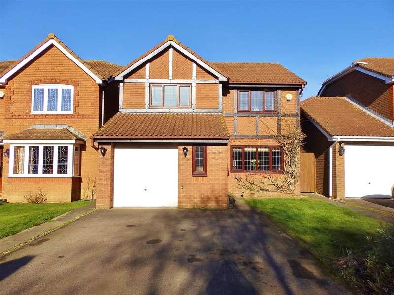 4 Bedrooms Detached House for sale in Dunbar Drive, Hailsham