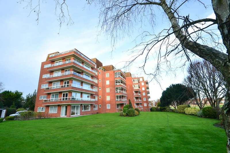 2 Bedrooms Flat for sale in Compton Place Road, Eastbourne