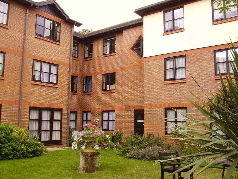 1 Bedroom Property for sale in Brandreth Court, Harrow, HA1 2JU