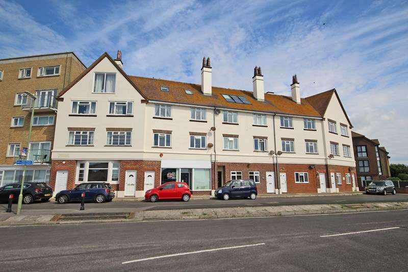 1 Bedroom Flat for sale in Marine Drive, Barton On Sea, New Milton