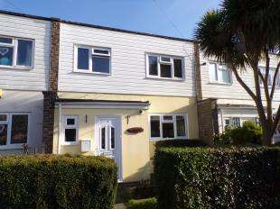 3 Bedrooms Terraced House for sale in Brent Road, Bognor Regis, West Sussex