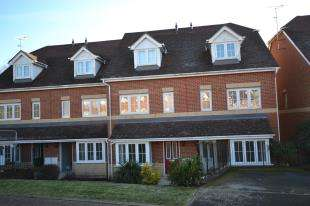 1 Bedroom Maisonette Flat for sale in Dougall Close, Tunbridge Wells, Kent
