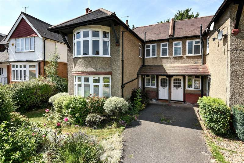 2 Bedrooms Maisonette Flat for sale in Wellington Road, Hatch End, HA5