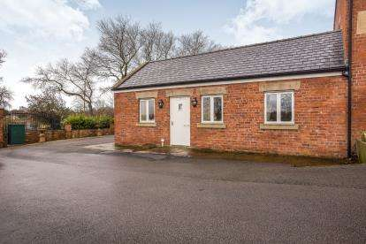 2 Bedrooms Bungalow for sale in The New Links, Lea, Preston, Lancashire, PR4