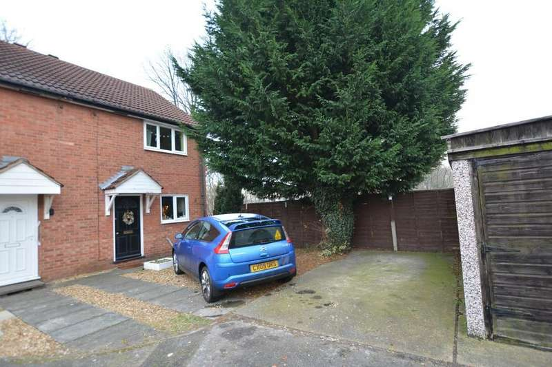 2 Bedrooms Semi Detached House for sale in Bromley Avenue, Newark