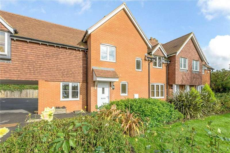2 Bedrooms Terraced House for rent in Ellis Drive, Micheldever Station, Winchester, Hampshire, SO21