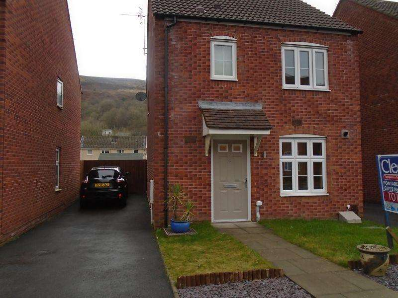 3 Bedrooms Detached House for rent in Ffordd Y Glowyr Godrergraig, Swansea.