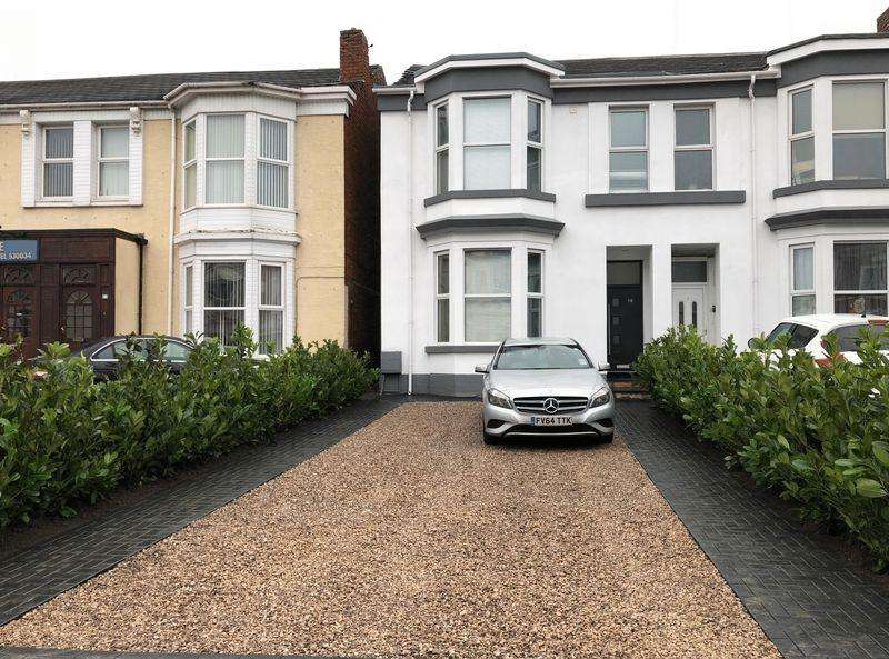 7 Bedrooms Semi Detached House for sale in Bath Street, Southport
