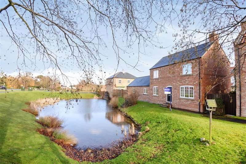 3 Bedrooms Detached House for sale in Watermill Croft, North Stainley, Ripon, HG4 3LB