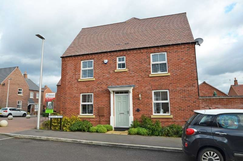 3 Bedrooms Semi Detached House for sale in Betony Road, Coton Park, Rugby