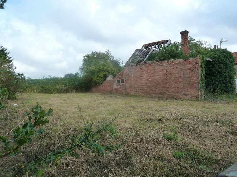 Land Commercial for sale in LAXTON, Newark, Notts