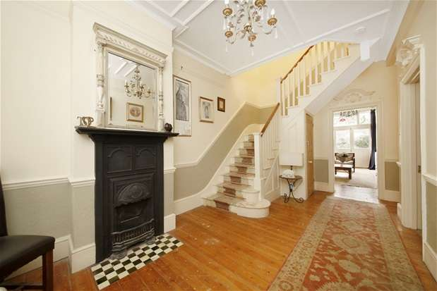4 Bedrooms Semi Detached House for sale in Fontaine Road, Streatham