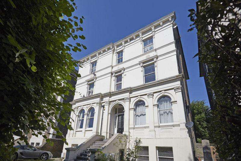 3 Bedrooms Apartment Flat for sale in Wickham Road, Brockley Conservation Area