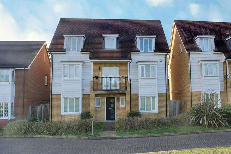 5 Bedrooms Detached House for sale in David Henderson Avenue, Ashford,