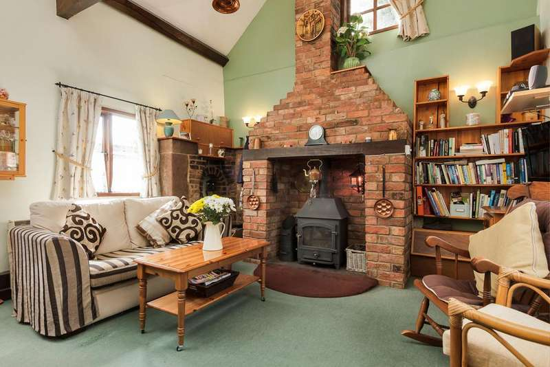 2 Bedrooms Detached House for sale in Wrenbury, Cheshire