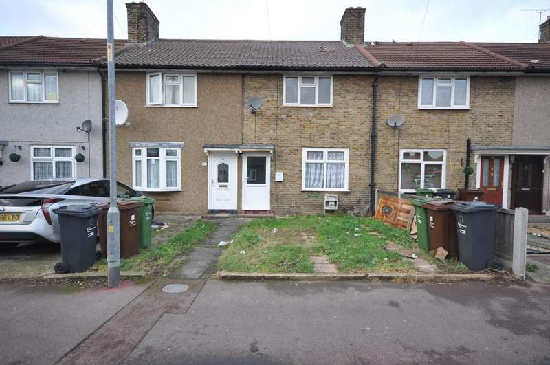 2 Bedrooms Terraced House for sale in Rowdowns Road, Dagenham