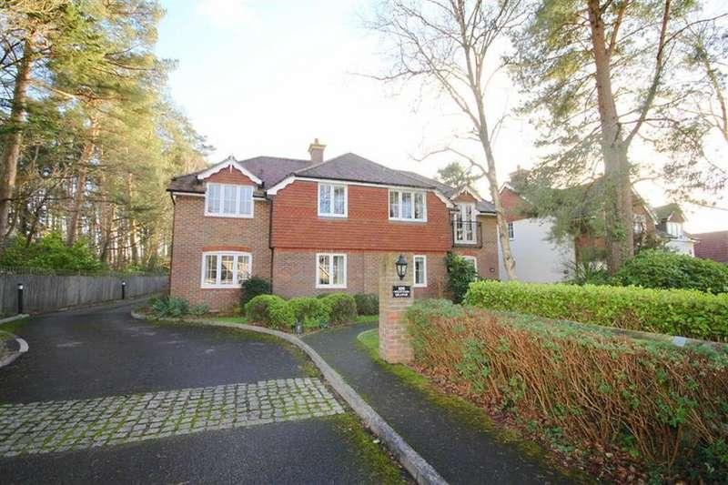 2 Bedrooms Flat for sale in Lions Lane, Ashley Heath Ringwood