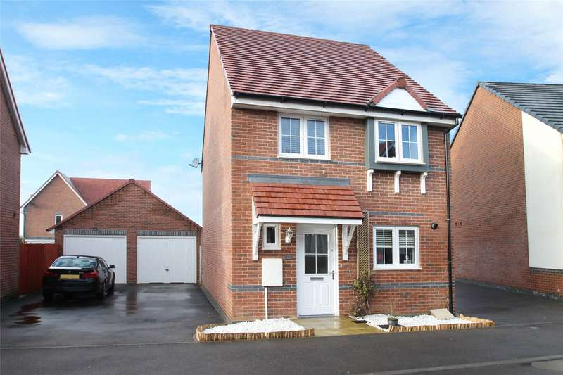 3 Bedrooms Detached House for sale in Ockenden Road, Littlehampton, West Sussex, BN17