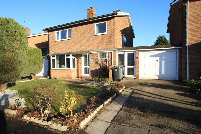3 Bedrooms Detached House for sale in Church Close, Newton Aycliffe