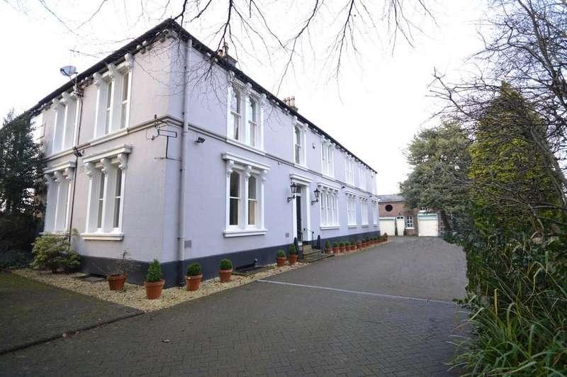 6 Bedrooms House for sale in Stockton Heath, Warrington