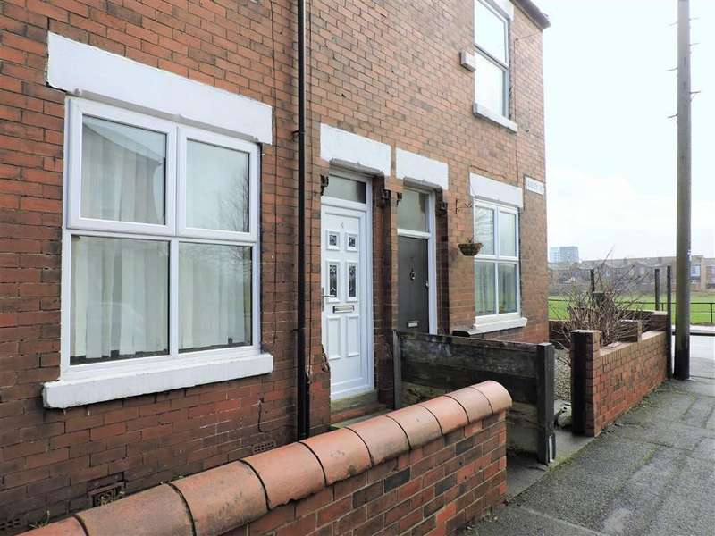 2 Bedrooms Terraced House for sale in Audley Road, Levenshulme, Manchester