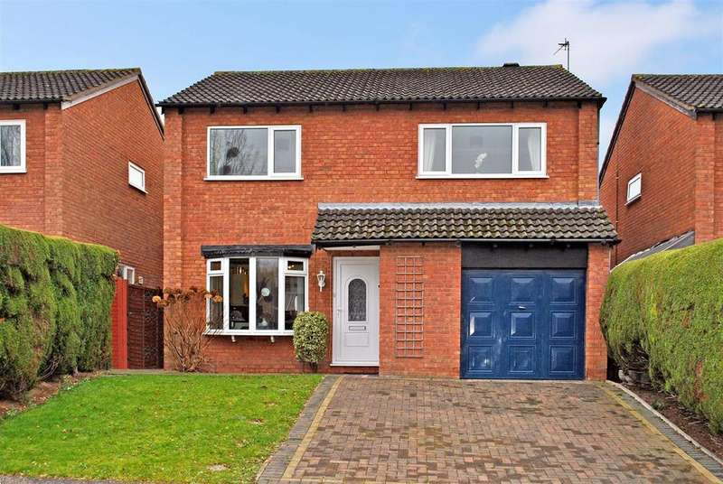 4 Bedrooms Detached House for sale in Stoke Road