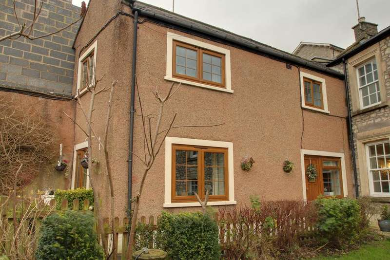 2 Bedrooms Semi Detached House for sale in SHEPTON MALLET