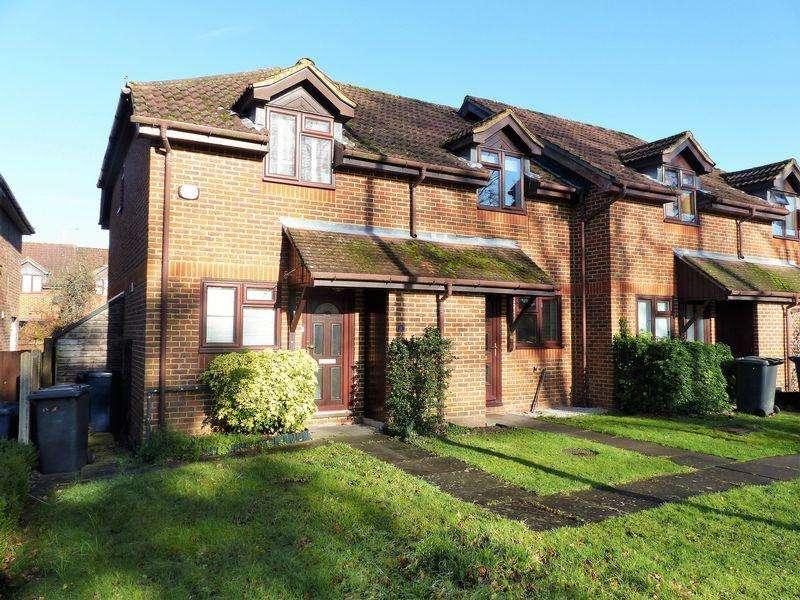 2 Bedrooms Semi Detached House for rent in Elmbridge Road, Cranleigh