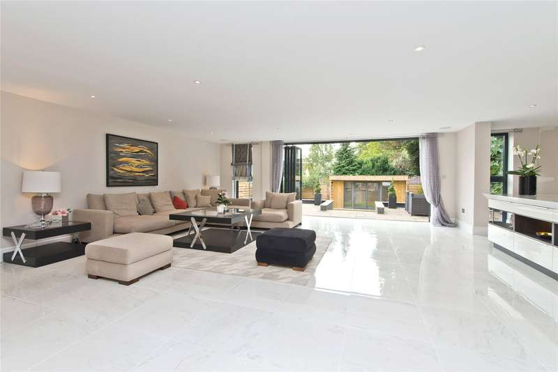 5 Bedrooms Detached House for sale in Coombe Lane West, Kingston upon Thames, London, KT2
