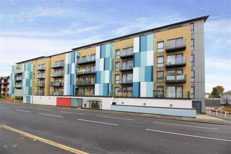 2 Bedrooms Flat for sale in Homesdale Road, Bromley, Kent