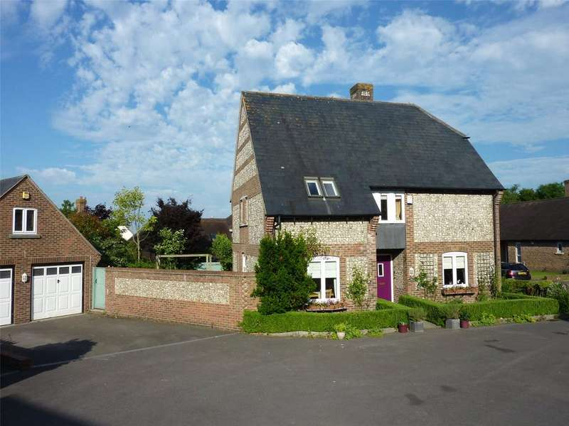 4 Bedrooms Detached House for sale in Hectors Way, Blandford St. Mary, Blandford Forum, DT11