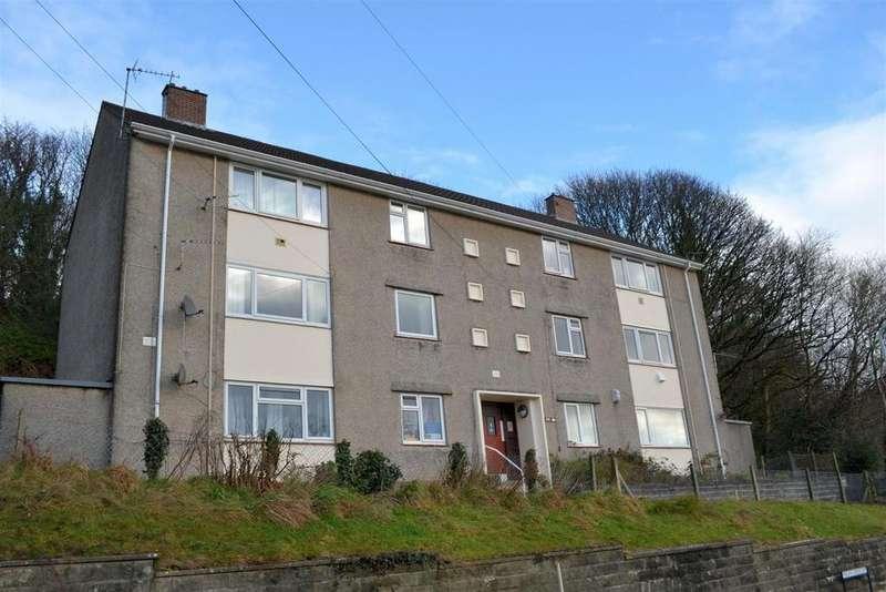 2 Bedrooms Flat for sale in Penlan Crescent, Uplands, Swansea