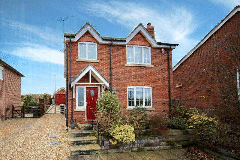 3 Bedrooms Detached House for sale in Weaver View, Church Minshull, Cheshire